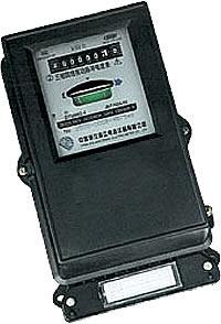 人民企业 三相脉冲电度表 DM86