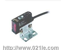 欧姆龙 控制元器件 E3JM-10M4T